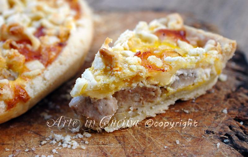 Crostata salata con ricotta e salsiccia ricetta arte in cucina