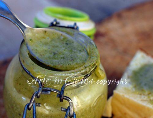 Crema al pistacchio spalmabile ricetta facile