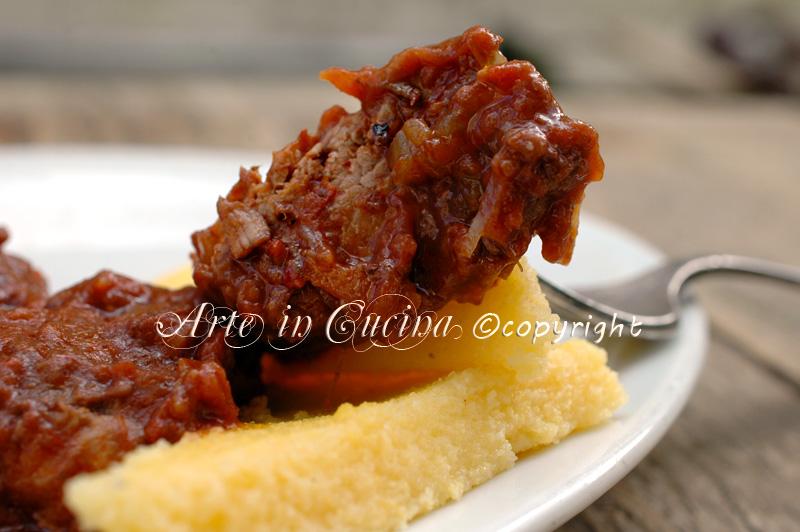 stracotto di manzo al vino rosso con polenta ricetta arte in cucina