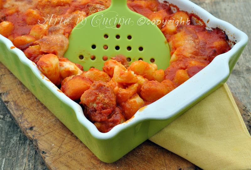 Gnocchi gratinati al forno con salsiccia ricetta vickyart arte in cucina