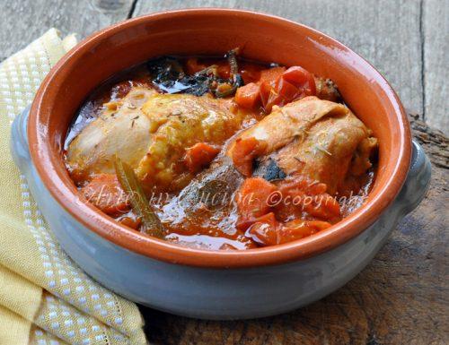 Pollo in umido ricetta veloce