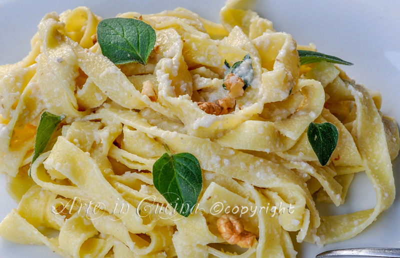 Tagliatelle alle noci cremose ricetta facile e veloce arte in cucina