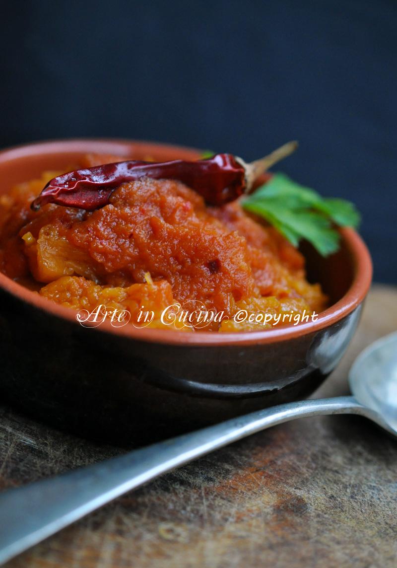 zucca-stufata-salsa-piccante-ricetta-facile-vegetariana-2