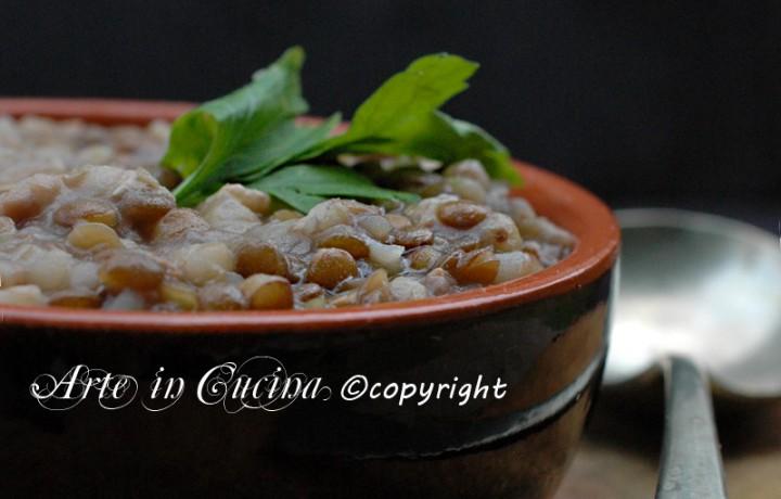 Zuppa di lenticchie e salsiccia