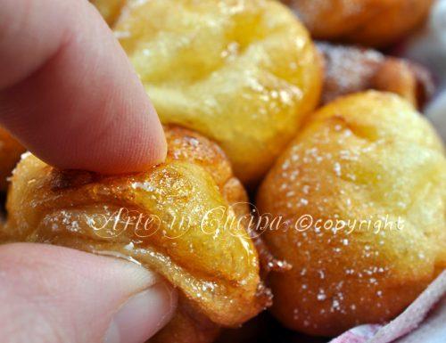 Uvusones dolci di carnevale ricetta sarda
