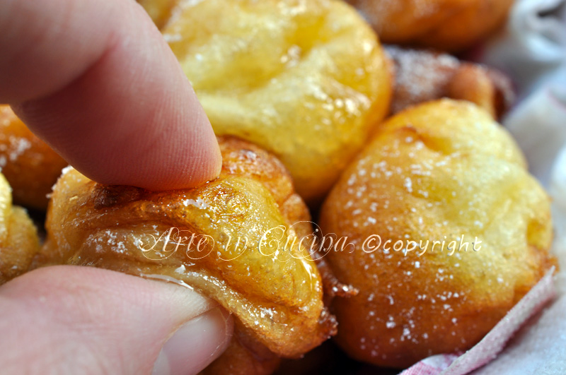 Uvusones dolci di carnevale ricetta sarda arte in cucina
