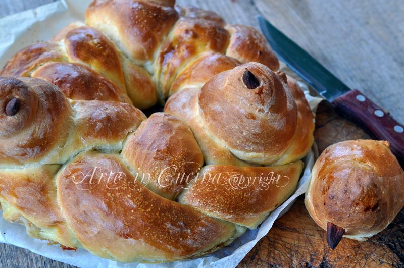 Corona di pan brioche per Pasqua ricetta arte in cucina