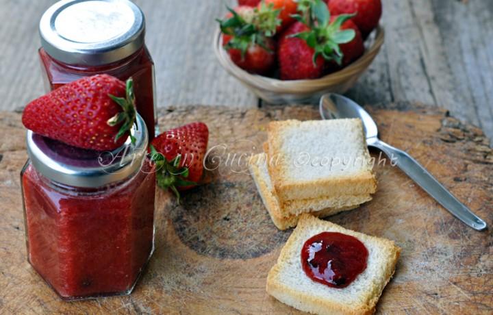 Marmellata di fragole con bimby o senza