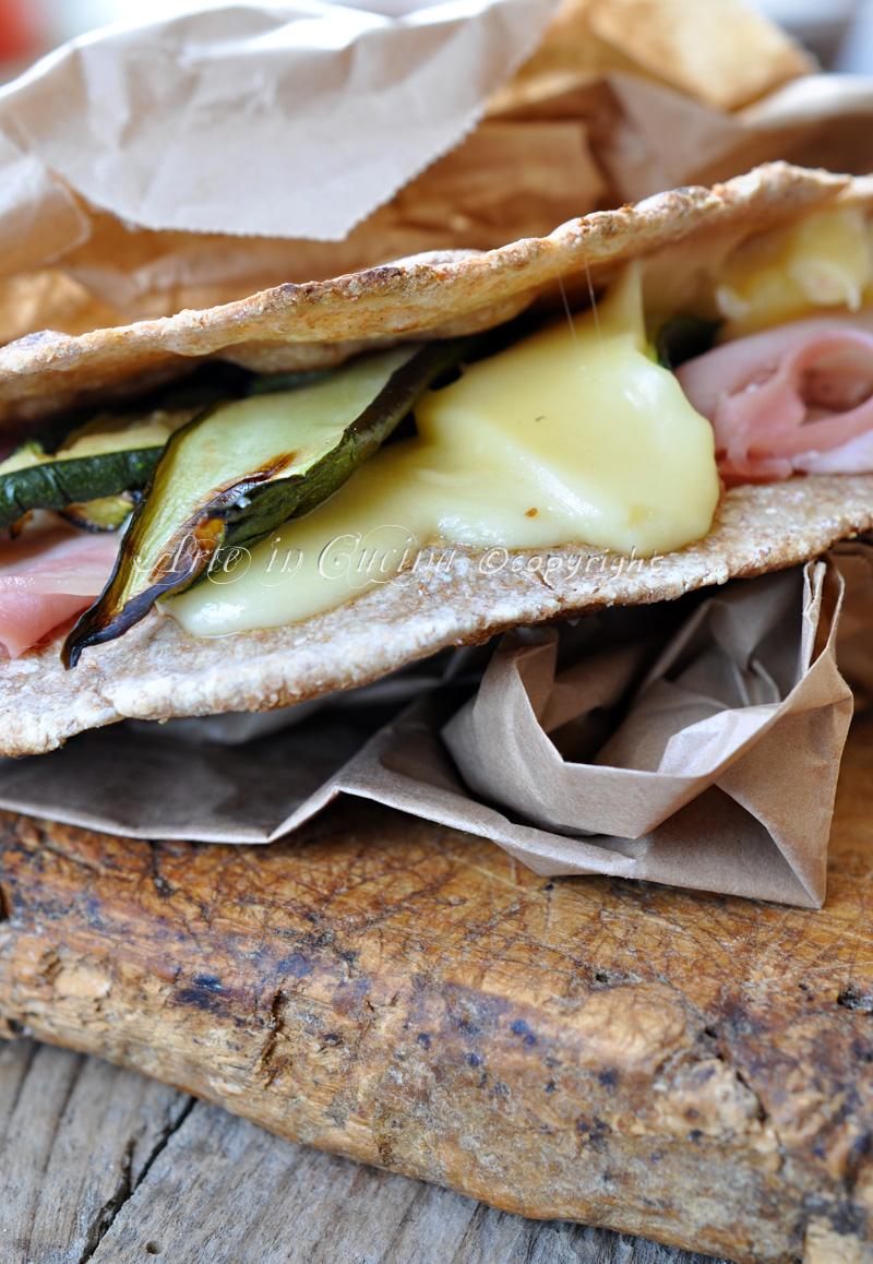 Piadina integrale farcita ricetta light arte in cucina