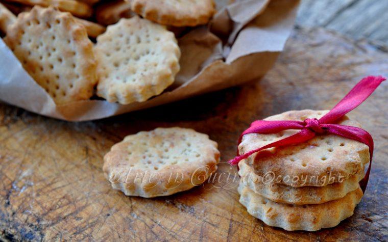 Biscotti salati veloci senza uova con bimby o senza