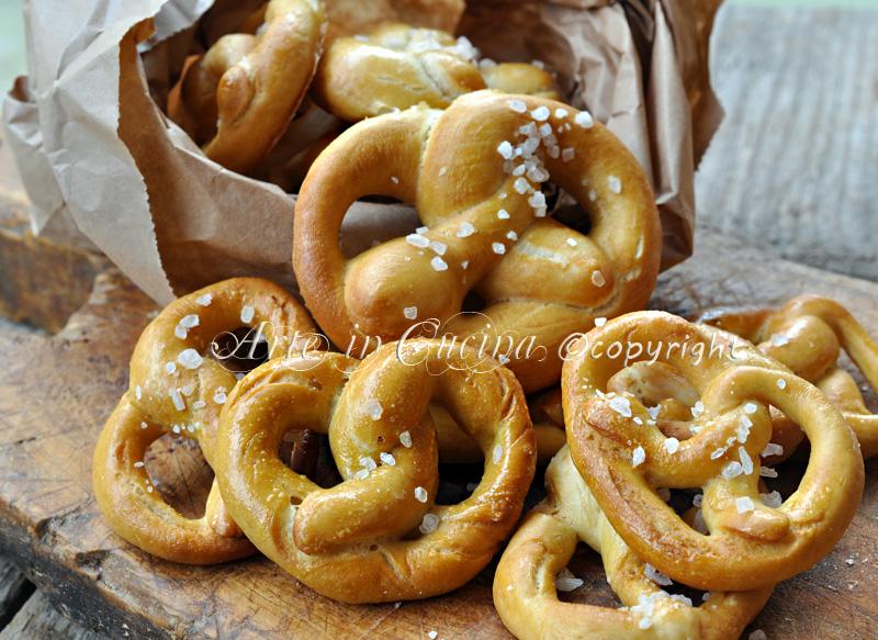 Bretzel o pretzel ricetta senza soda caustica vickyart