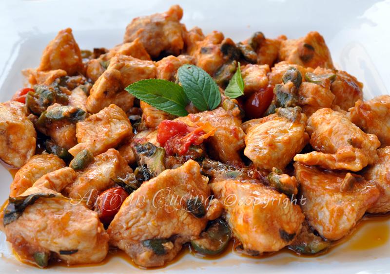 Pollo con olive e capperi a succhittu arte in cucina for Cucinare qualcosa di veloce