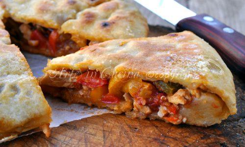 Chicken pie con peperoni in padella