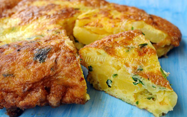 Frittata di patate e scamorza ricetta facile