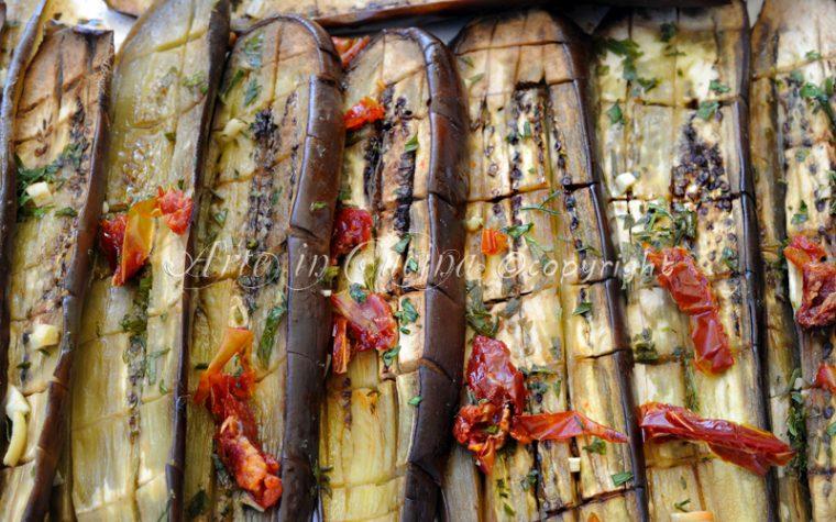 Melanzane al forno con aglio e prezzemolo