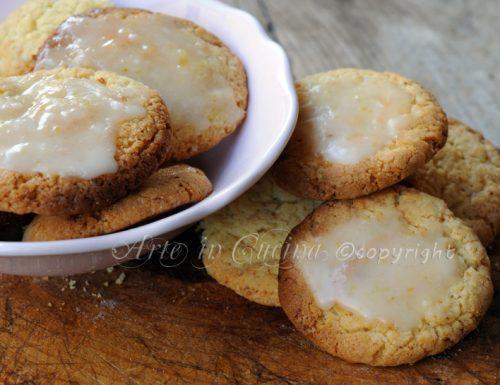 Biscotti profumati al limone ricetta sarda
