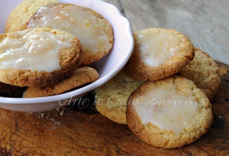 Biscotti profumati al limone ricetta sarda vickyart arte in cucina
