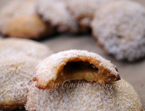 Biscotti ripieni di gelatina al the