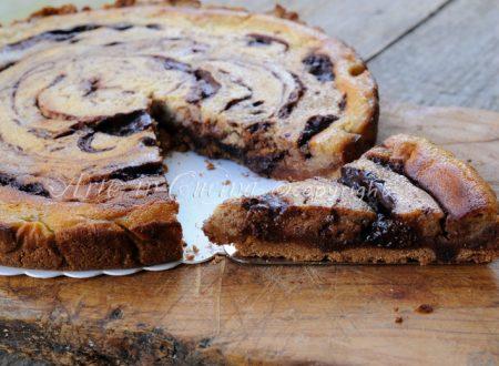 Cheesecake al forno al tiramisu variegata con nutella