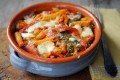 Pasta al forno con peperoni e scamorza filante