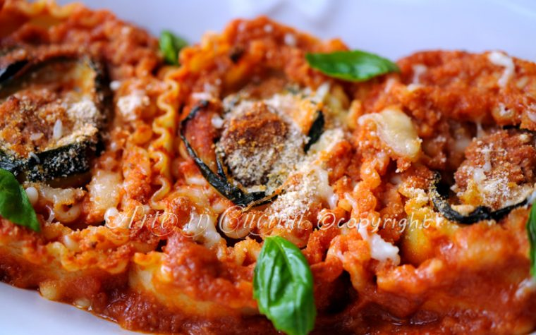 Reginette al forno con polpette zucchine e formaggio