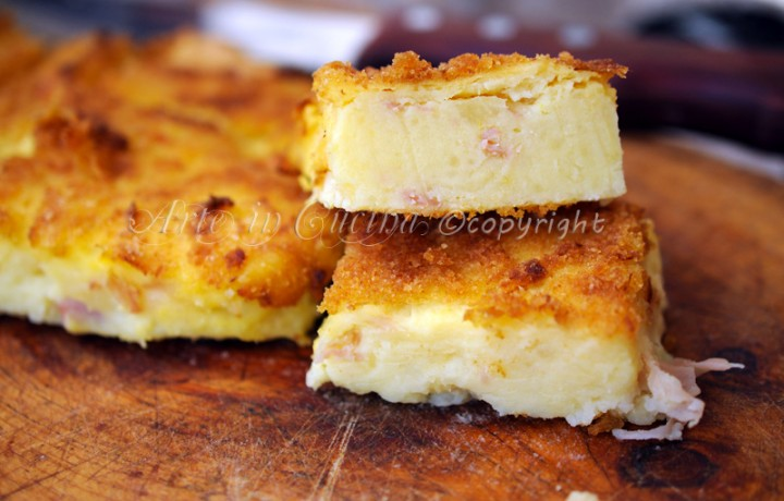 Tortino salato di patate e prosciutto saporito