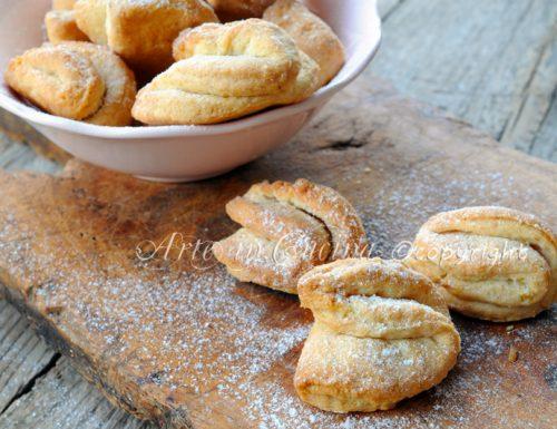 Biscotti alla ricotta con nocciole facili e veloci