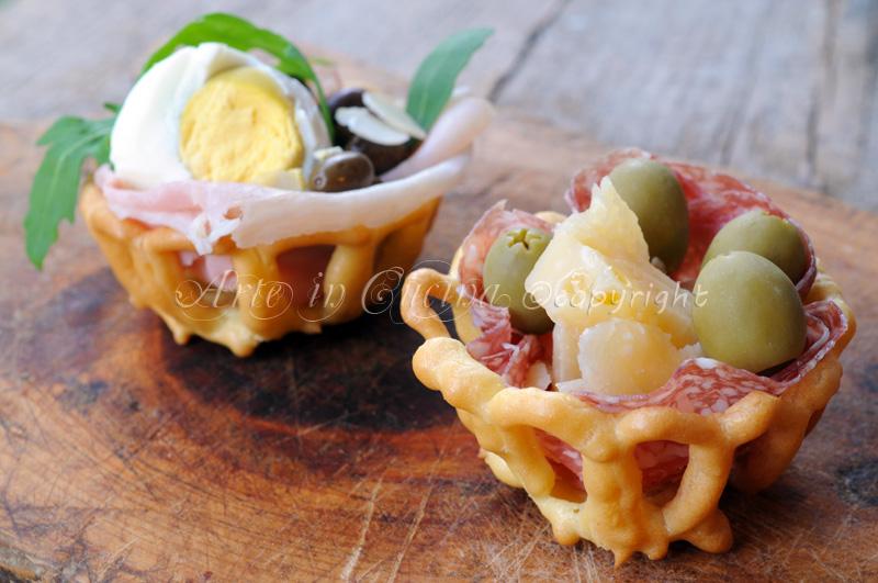 Cestini di pasta choux ripieni antipasti natale