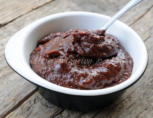 Crema di mandorle e cioccolato con bimby o senza