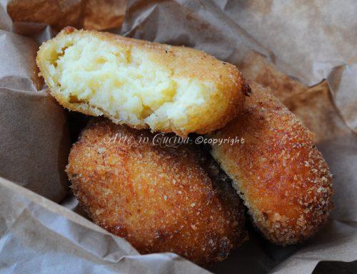 Medaglioni di patate con formaggio e paprica