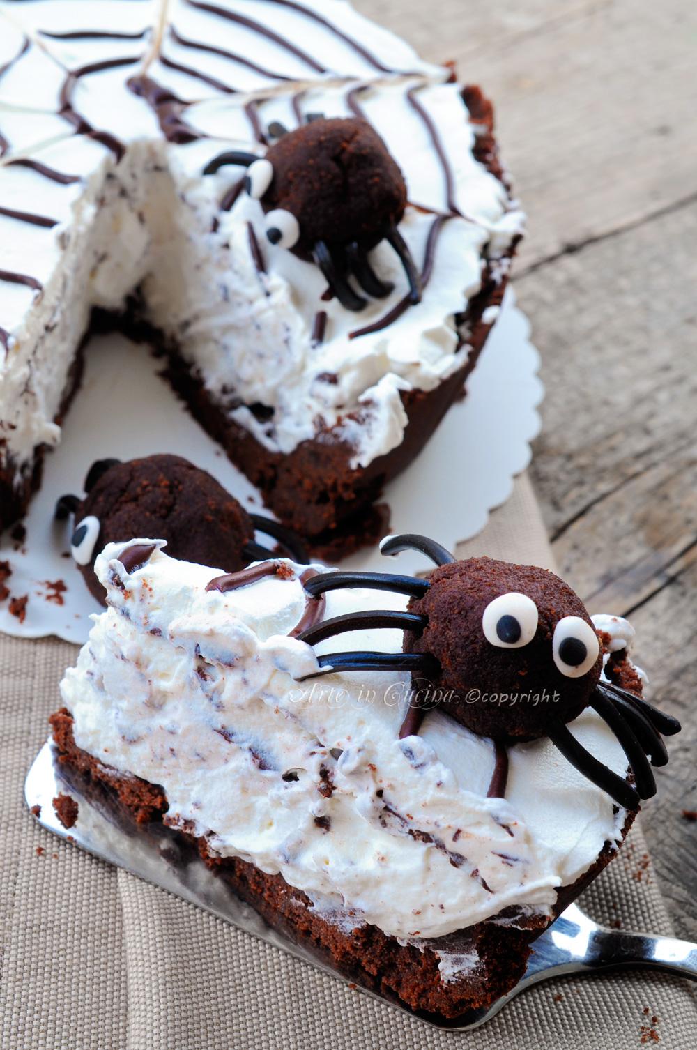 Torta ragnatela per halloween panna e cioccolato vickyart arte in cucina