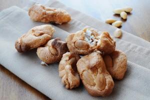 Brutti buoni biscotti mandorle e albumi senza farina