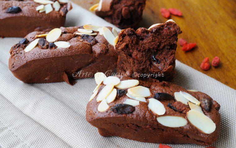 Mini plumcake solo albumi cioccolato frutta secca bacche