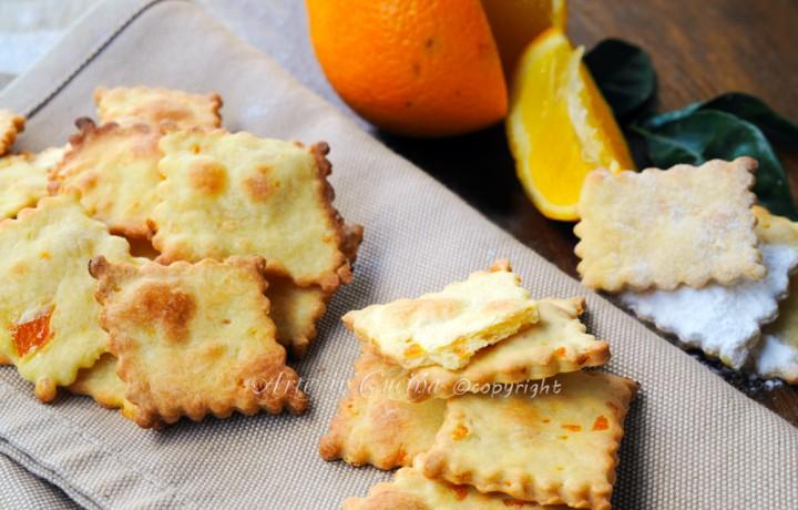 Sfogliatine dolci all'arancia dolci veloci leggeri