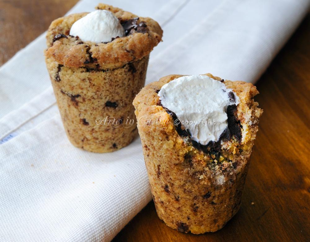 Tazza di biscotto cioccolato e panna  vickyart arte in cucina