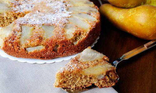 Torta rovesciata alle pere e noci veloce