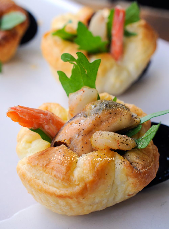 Cestini di sfoglia ripieni antipasto di mare arte in cucina for Cucina antipasti