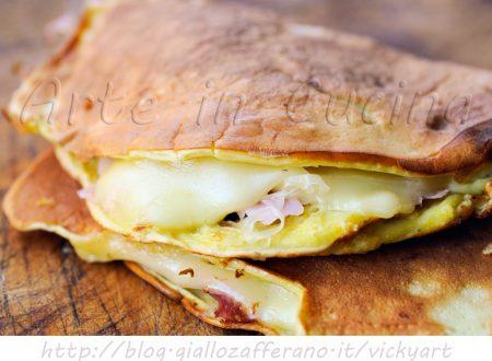 Crepes senza farina salate prosciutto e formaggio
