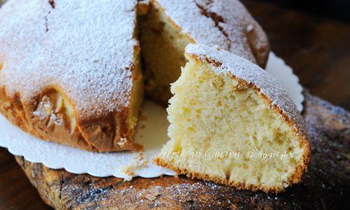 Torta leggerissima soffice veloce alla vaniglia