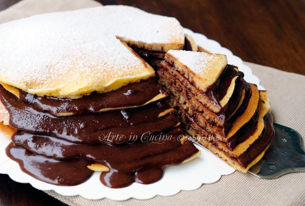 Torta di pancake con nutella ricetta colazione arte in for Piani colazione