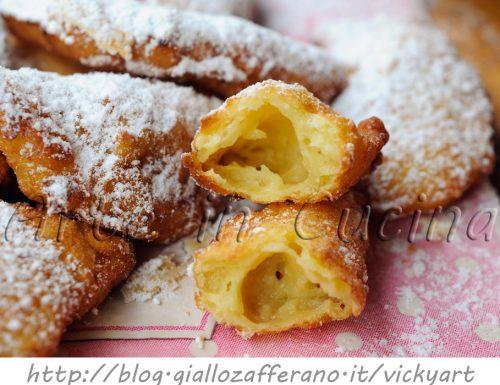 Chifelini di Carnevale ricetta dolce anche bimby