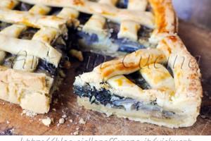Crostata di bietole olive e capperi