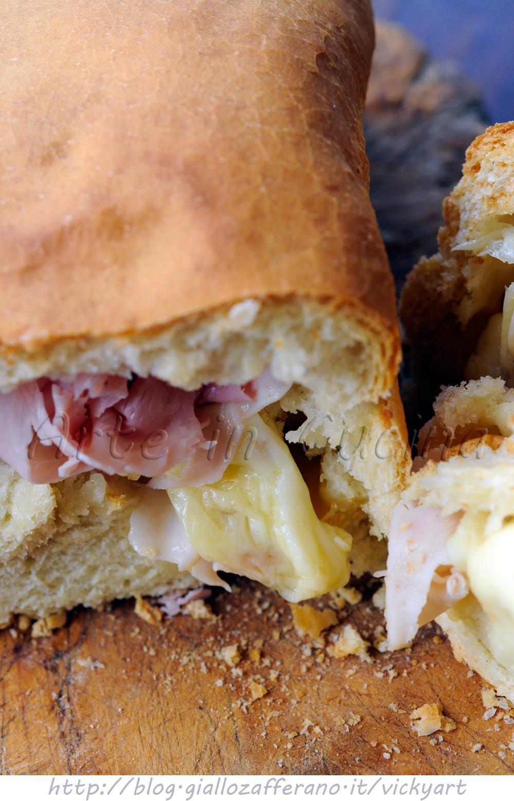 Pan bauletto salato con prosciutto e mozzarella vickyart arte in cucina