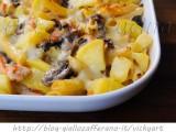 pasta-salmone-funghi-patate-gratinata-forno-1