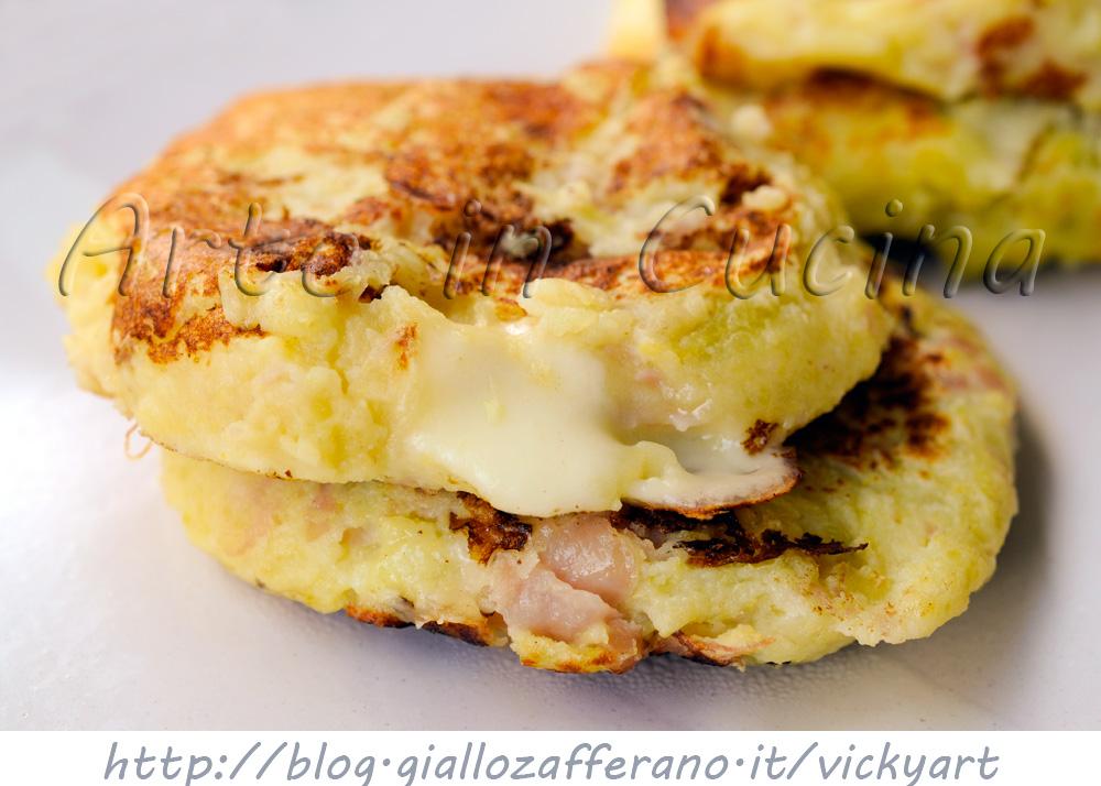 Frittelle di patate e formaggio in padella vickyart arte in cucina