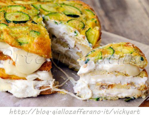 Torta di omelette al forno ripiena di formaggi