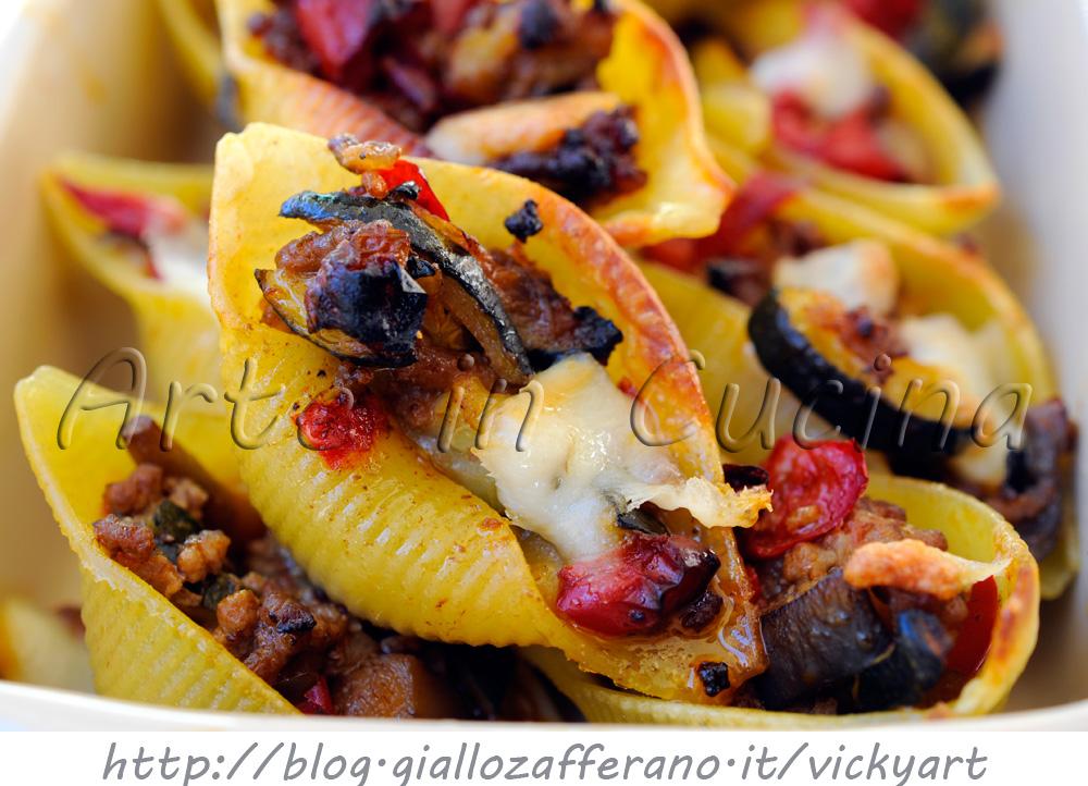 Conchiglioni ripieni con zucchine verdure e carne vickyart arte in cucina