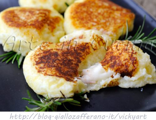 Focaccine di patate e ricotta ripiene sofficissime