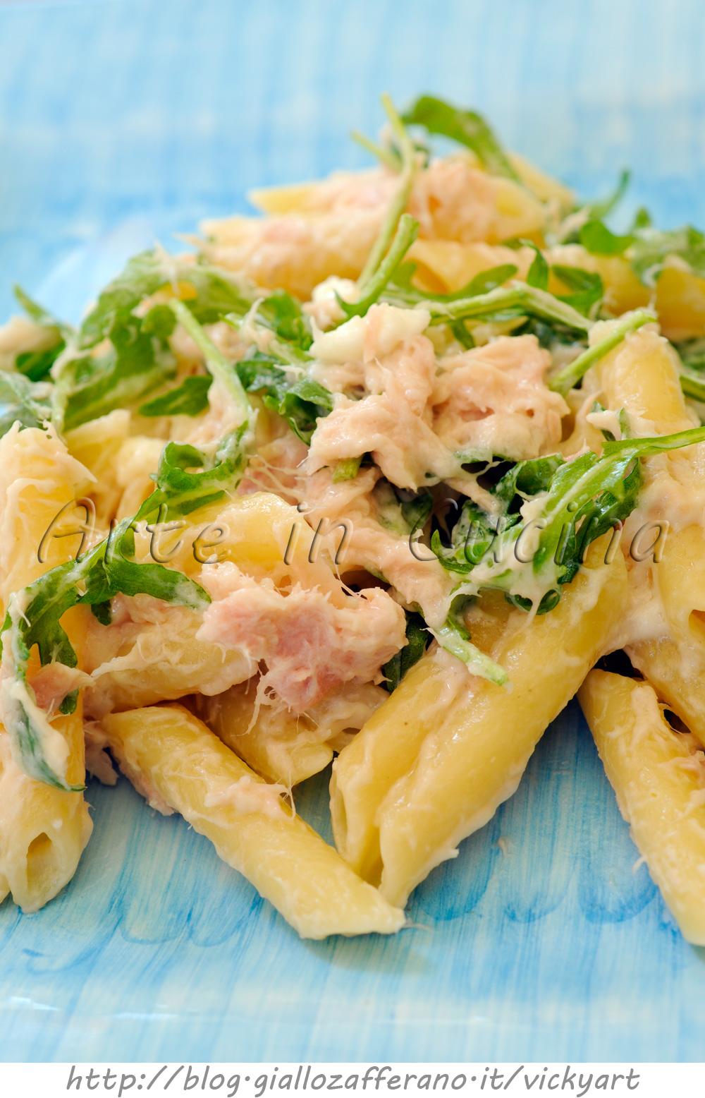 Pasta con robiola e tonno con rucola veloce for Spaghetti ricette