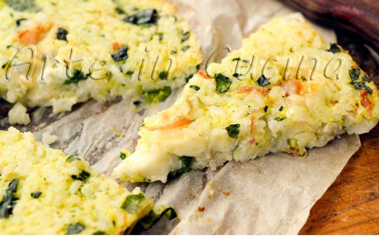 Pizza con riso zucchine e gorgonzola piatto unico